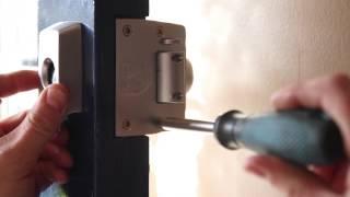 http://excellentlocksmiths.com.au/wp-content/uploads/2020/09/rekey-locks-edithvale-1.jpg